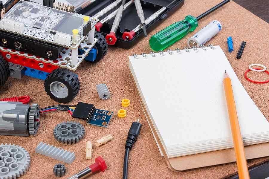 機械CADオペレーターになるための基礎知識や仕事内容など解説